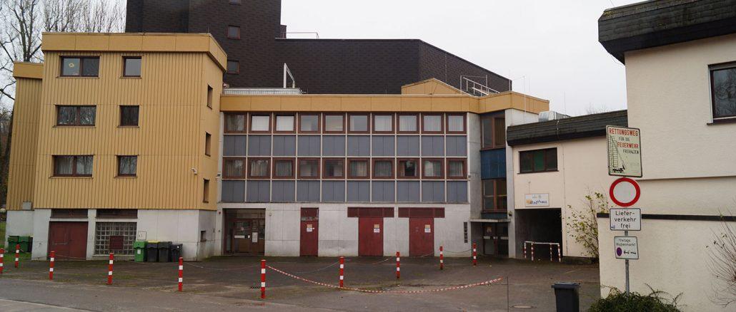 Unsere Stadthalle - hier mal die Rückansicht aus dem Jahr 2013. Bild: Christian Schön